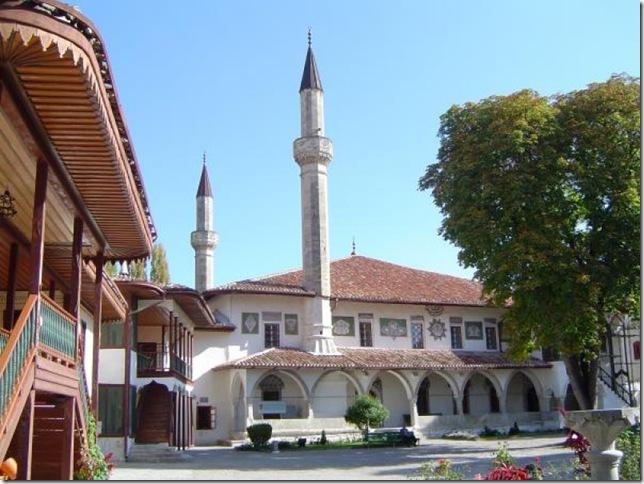Сад и дворец- Бахчисарай.